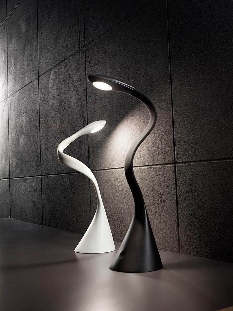 Perenz Lampada Da Tavolo Flex In Plastica Colore Nero Con Porta Usb Divers Styles